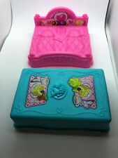 Fisher Price Little People DISNEY PRINCESS SONGS PALACE BED and TABLE Lot