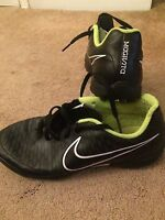 Nike Magista Astro turf Football Trainers Moulded Boots UK Size 5 Black