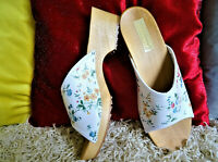White and Flowers Leather Swedish Clogs classic style Wood Clogs handmade 2019