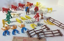 Cowboys Indians LOT Native American Western riding figure toy plastic Animals s1