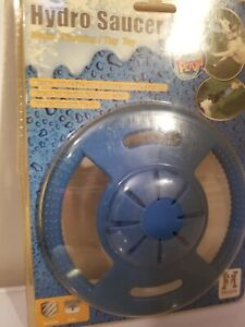 Hydro Saucer - Water Throwing/Tug Toy comes with free Dog Collar