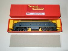 TRI-ANG R.159 DOUBLE END DIESEL LOCO IN VINTAGE VR LIVERY - EXC. BOXED!!