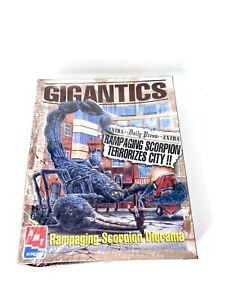 1996 AMT ERTL Gigantics Rampaging Scorpion Diorama