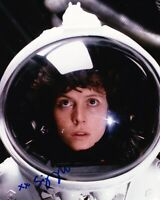 "Sigourney Weaver Signed 10X8 Photo ""Alien"" Genuine Signature AFTAL COA (B)"
