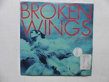 MISTER DEE JAY Broken wings 2011017