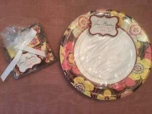 NWT Vera Bradley Autumn Theme Happy Hour Set w Dinner Plates in Buttercup