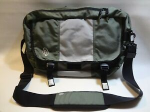 """Timbuk2 19"""" Classic Messenger Bag With Shoulder Pad Backpack straps Green"""