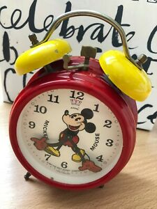 VINTAGE RED MICKEY MOUSE WIND-UP ALARM CLOCK - FULL WORKING ORDER - DISNEY 1987
