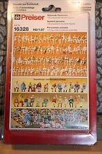 Preiser 16328 HO 1:87; 120 sitzende Figuren