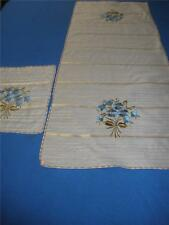 FABULOUS HAND EMBROIDERED SILK TABLE RUNNER   + MATCHING DOILEY