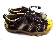 KEEN Kids Sandals 4 M Yellow Black Elastic Closure Strap Shoes Fabric with suede