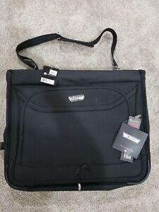 """Delsey Helium Fusion, 2.0 44.5"""" Black Carry On Shoulder Garment Bag"""
