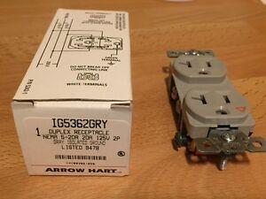 ARROW HART 20A, 125V ISOLATED GROUND DUPLEX RECEPTACLE IG5362 GRY