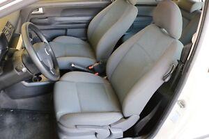VW FOX 5Z Innenausstattung Sitze Stoff Fahrersitz N22762 Polster Sitzgarnitur