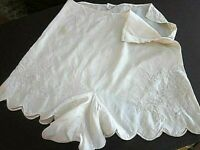 Vtg 1930's  Silk Ivory Tap Pants~3 buttons at side~scalloped~embroidery~Sz 28~XS