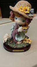 Belle & Benny Statuette