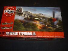 AIRFIX ONU construit Kit Plastique d'un Hawker Typhoon 1B, pièces en Scellé Sacs