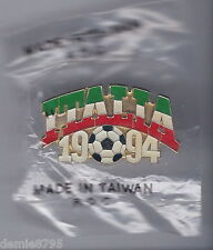 1994 Italia World Cup Collectable Hat or Lapel Pin NEW