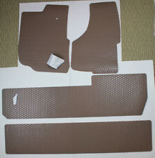 Tan Lloyd Rubbertite 3 Row - 4pc Floor Mats for 2000-2005 Ford Excursion