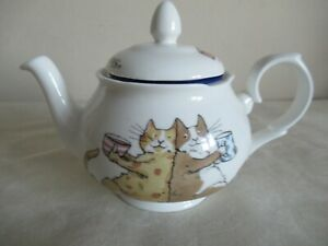 WHITTARD ~ TEAPOT WITH INFUSER ~  CATS SHARING A CUPPA