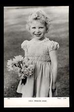 r4292 - Hrh. Princess Anne (approx 4yrs) holding Daffodils - Tuck's postcard