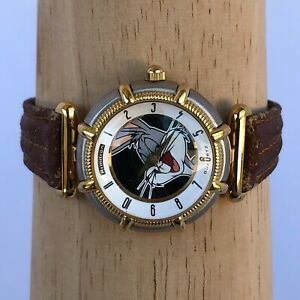 Vintage Armitron Bugs Bunny  Water Resistant Analog 28mm Dial Watch Two Tone