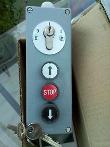 GEBA JAP-Z4 1R keyswitch with pushbuttons