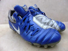 BOYS  NIKE TOTAL 90 SHIFT SG FOOTBALL BOOTS SIZE 4 / 36.5