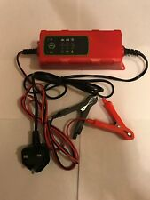 Lifeline 6v 2amp or 12v 4amp Trickle Winter Charger and Battery Maintenance Cond