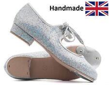 Chaussures, chaussons de danse argentés