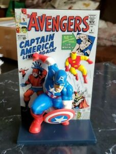 Marvel The Avengers 3D Comic Book Standee LootCrate Exclusive (2019) NEW!
