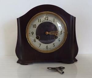 Vintage 50's Smiths Enfield Bakelite mechanical mantel clock