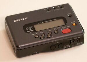 Sony TCD-D7 Digital Audio Tape Walkman