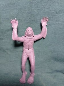 """VTG UNIVERSAL MONSTERS The Creature From the Black Lagoon Rubber 5.5"""" MEXICAN KO"""