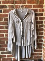 Gimmicks by BKE Buckle Shirt Top Washed Tan Button Down Crinkle High Low Sz. M