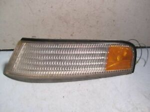 Drivers Left Front Turn Signal Lamp for 90-93 Trans Sport