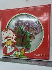 """Strawberry Shortcake & Berry Basket Ladybug 9.5"""" Round Wall Clock 2002 vintage"""