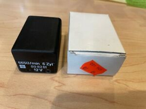 Mercedes W123 280E 280CE Fuel Pump Relay 0015450705 New Old Stock