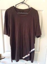 """Louis Vuitton Brown """" LV """" Designer T Shirt *** 100% Authentic"""