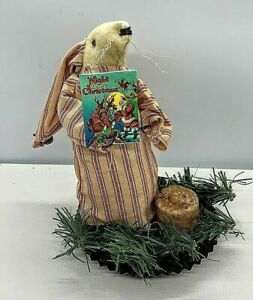 Primitive Handmade Night Before Christmas Mouse with Prim Tealight Candle
