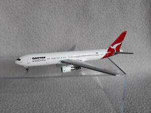 Aeroclassics Boeing B767-300 Qantas Australia 1/400 scale