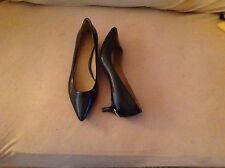 Calvin Klein Women Womens Heels Size Sz 6.5 M Black Patent Leather Low Heel Pump