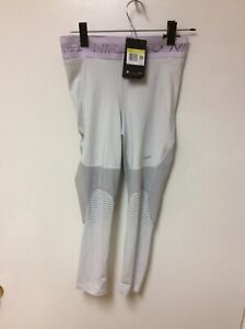 NWT $75 Nike PRO Dri-Fit Tight Fit Crops Leggings Size S $75 CJ4181-028