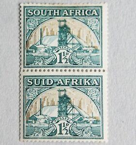 South Africa – 1933 - 1½d Vertical Pair – INV WMK SG57i – RARE - Mint (Se1)