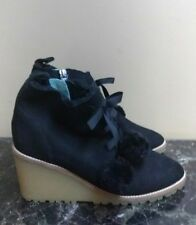BODEN 39 Black Suede Booties Shoes ankle Boots