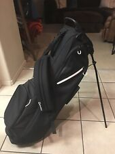New listing TaylorMade Stand Bag Black *Excellent*