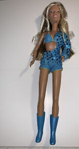 2001 Destiny's Child Beyoncé Doll Newly Unboxed Complete Say My Name (611)