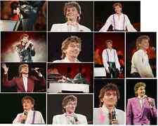 25 Barry Manilow colour concert photographs - Wembley 6th January 1986