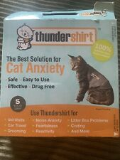 ThunderShirt Classic Cat Anxiety Jacket, Heather Gray, Small, used once