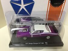1:64 M2 Machines - 11228-30  1971 Dodge Charger R/T 383 Purple with White Top